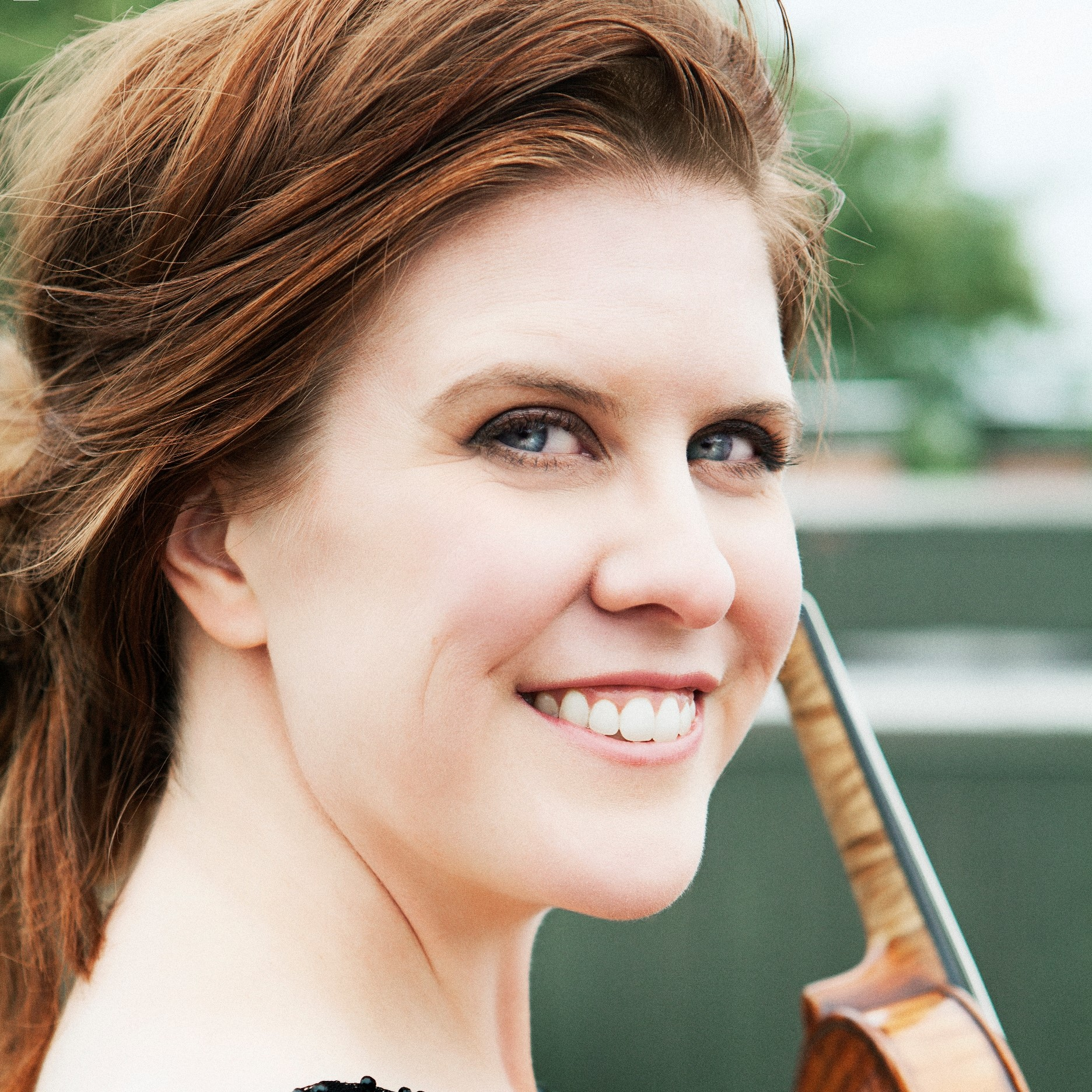 https://www.seattlechambermusic.org/wp-content/uploads/Erin-Keefe-1.jpg