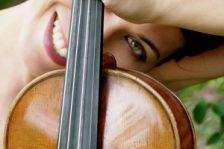 Violinist Jennifer Frautschi